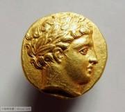 古希腊太阳神阿波罗和双马车金币