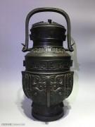 清 铜 提梁壶